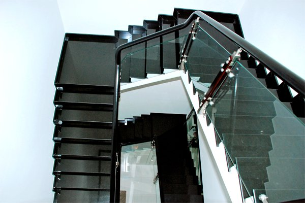 Đá cầu thang màu xanh