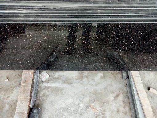 46b2d1af16f4f1aaa8e5 510x383 - Cầu thang kim sa cổ trắng - Nhập khẩu ấn độ