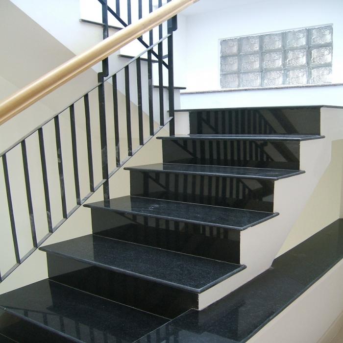 da cau thang duoc ua chuong nhat hien nay 2 - Đá cầu thang được ưa chuộng nhất hiện nay là gì?
