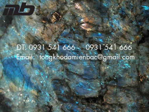 da granite 4 510x383 - Đá tự nhiên Titanium Granite nhập khẩu Barazil chất lượng