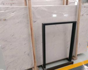 da marble trang lam noi that 300x239 - Dùng đá marble trắng làm nội thất có được không?