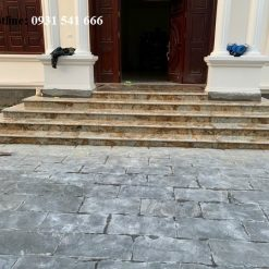 da cau thang solarius granite nhap khau 2 247x247 - Đá cầu thang Solarius granite nhập khẩu Ấn Độ