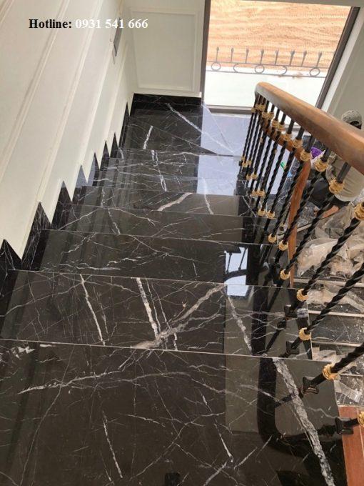 da op cau thang 2 510x680 - Đá granite ốp cầu thang đen tia chớp nhập khẩu Ấn Độ