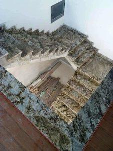 da-cau-thang-blue-dune-granite-nhap-khau