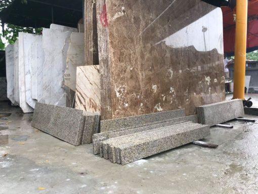 da cau thang granite mau nau nhat nhap khau tay ban nha1 510x383 - Đá granite lát sàn màu nâu nhạt - Nhập khẩu Tây Ban Nha