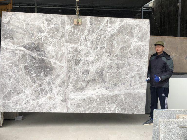 da-cau-thang-xam-y-granite