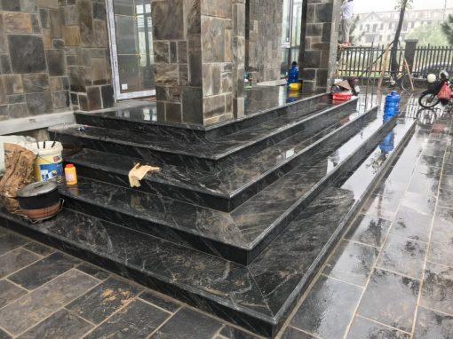 da tam cap cau thang black forest granite nhap khau 4 510x382 - Đá tam cấp, cầu thang black forest - granite nhập khẩu Ấn Độ